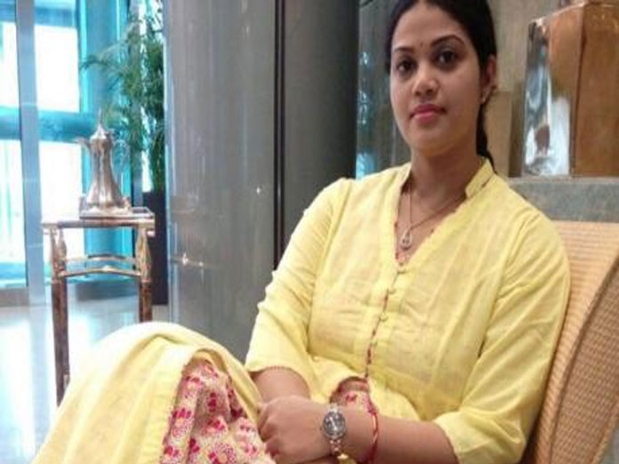 Adireddy Bhavani Srinivas Profile - TDP Leader and Daughter of
